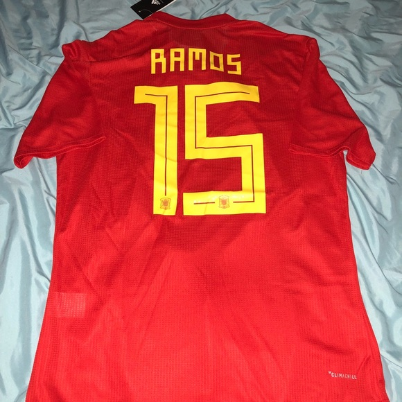 wholesale dealer 709f9 5f7f2 2018 Spain Soccer Jersey size XL Climachill NWT